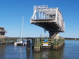 Ladys Island Swing Bridge Opening for Sailboat (Beaufort, SC)